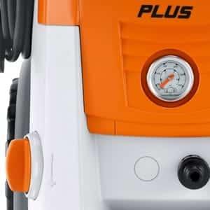 Pressure gauge and pressure _ flow control